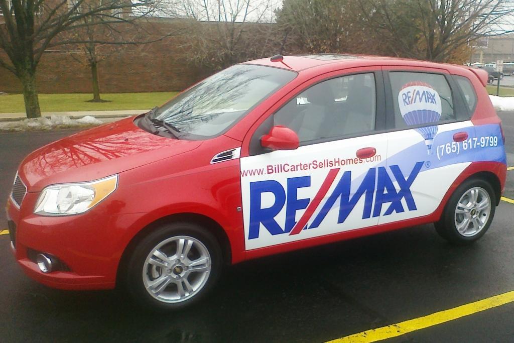 Re/Max ~ Custom Digital Car Wrap